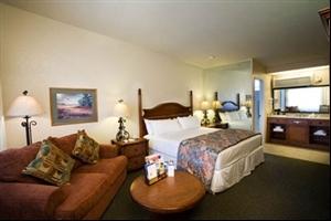 Casa-Ojai-Inn-in-Ojai-California-930231