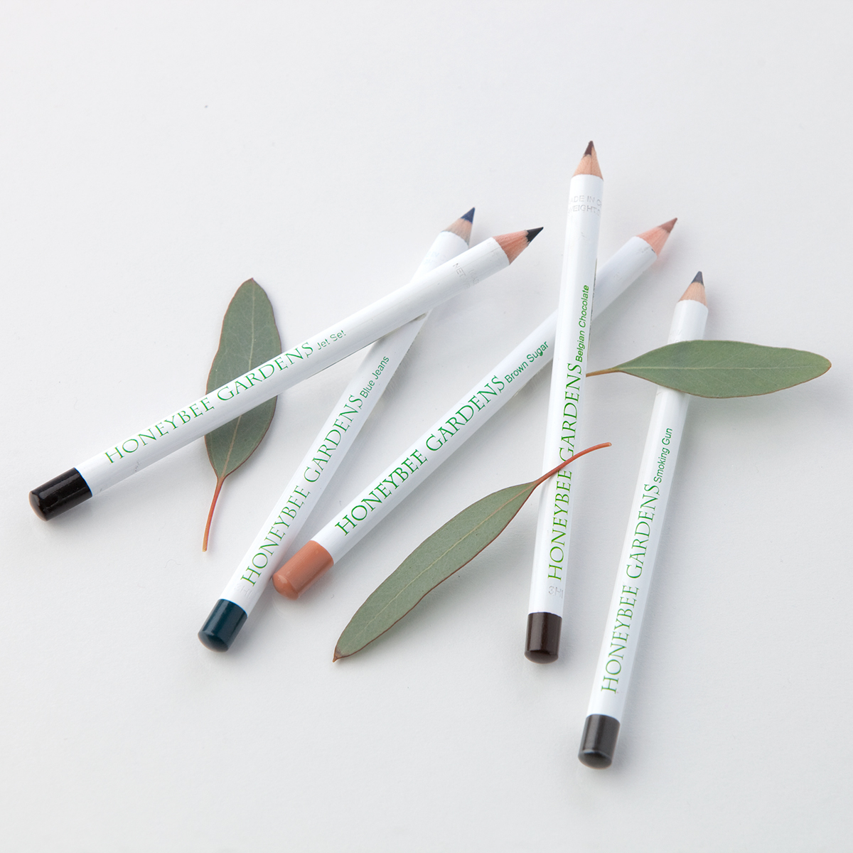 Effortless Eye Liner by Honeybee Gardens
